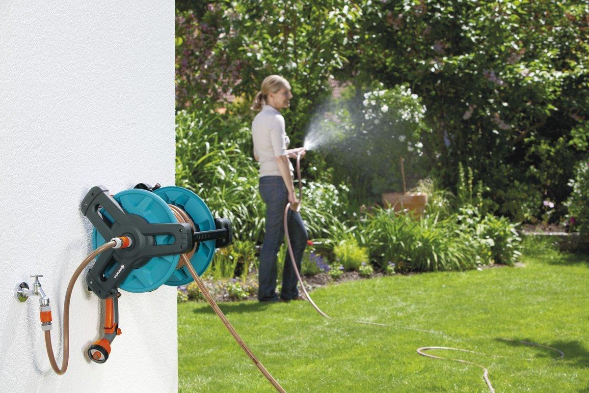 avvolgitubo irrigare il giardino senza sforzo e in meno