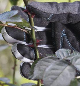 guanti giardinaggio rinforzati