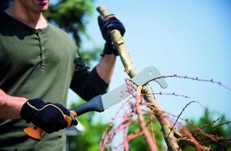 Roncola attrezzo versatile in giardino e non solo